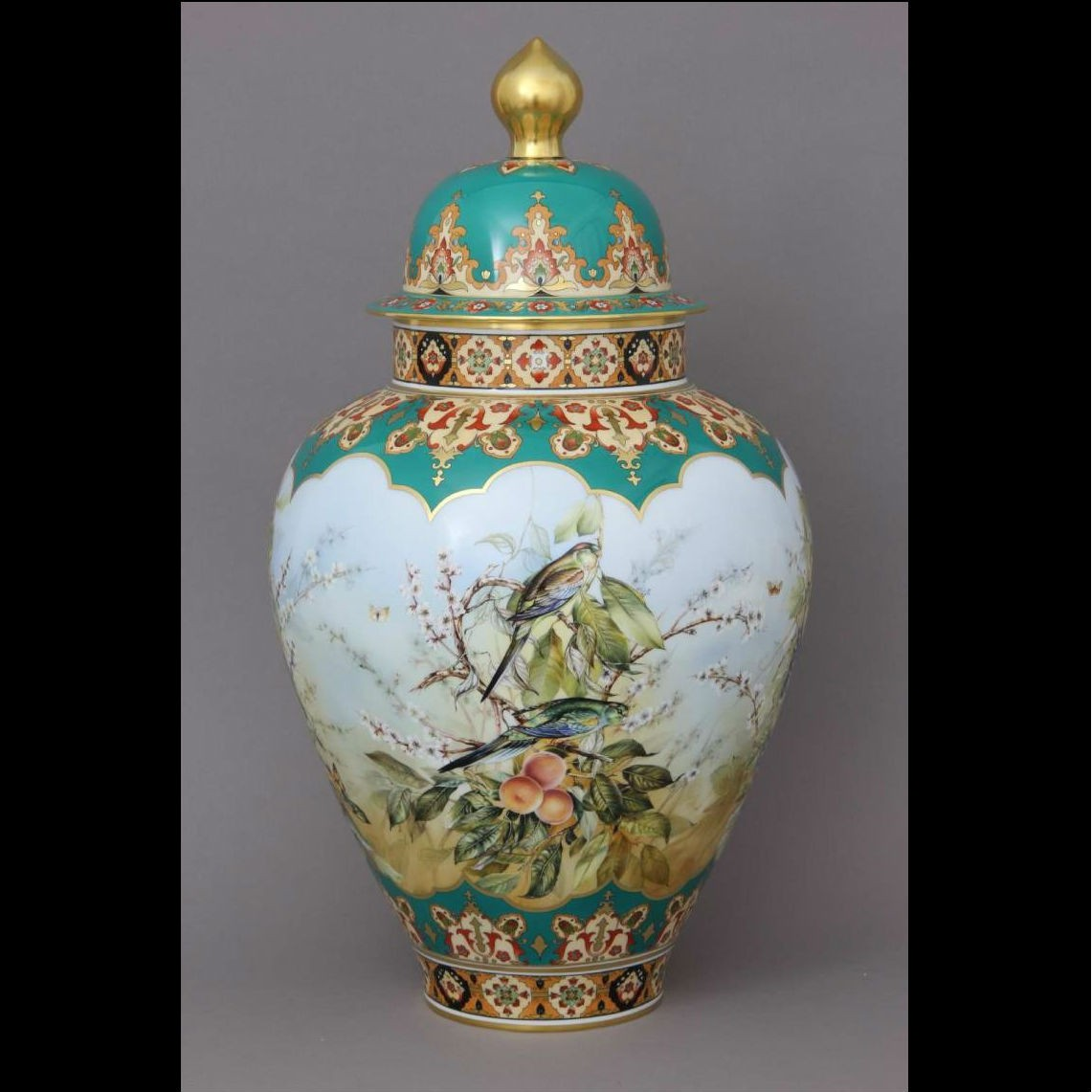 Vase, button knob - Limited to 51 pcs.