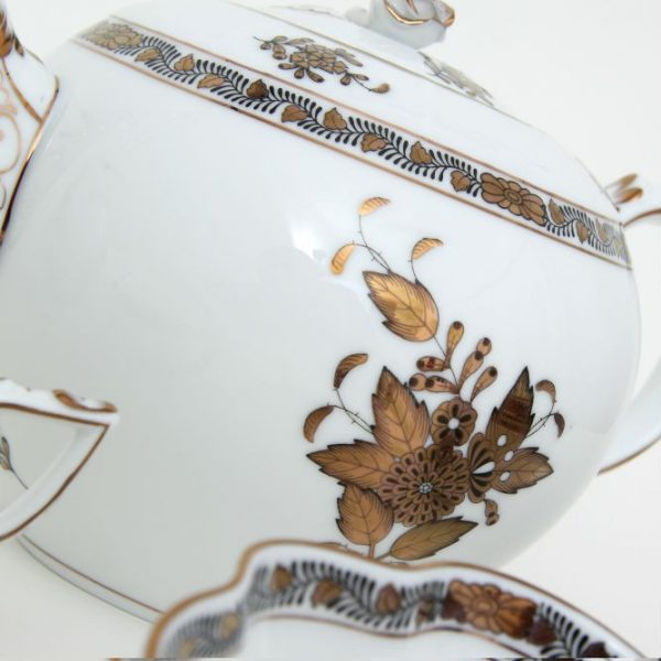 Teapot, butterfly knob - Chinese Bouquet Gold