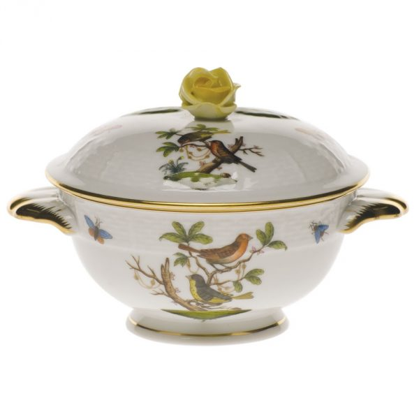 Soupcup and saucer, rose knob - Chinese Bouquet
