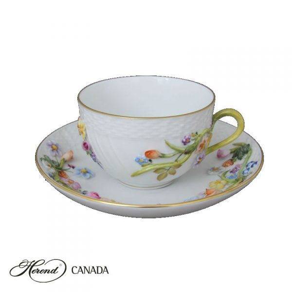 Teacup with saucer w. flower applications