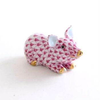 Little Pig Lying - Fishnet Pink
