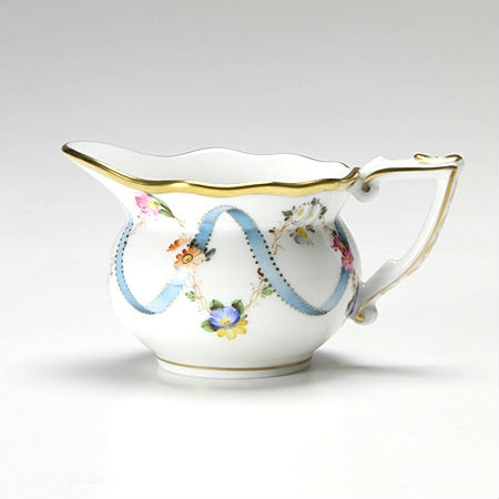 Creamer (medium) - Ribbon Flower