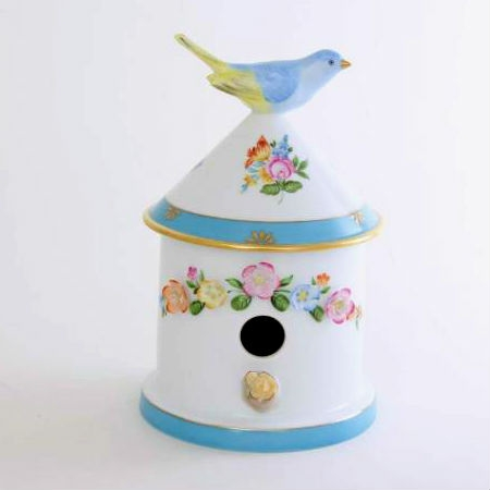 Bird house box - with 1 flower garland