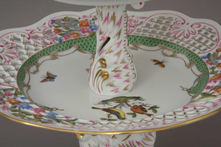 Tiered Fruit Stand - Bird knob - Rothschild Bird Green