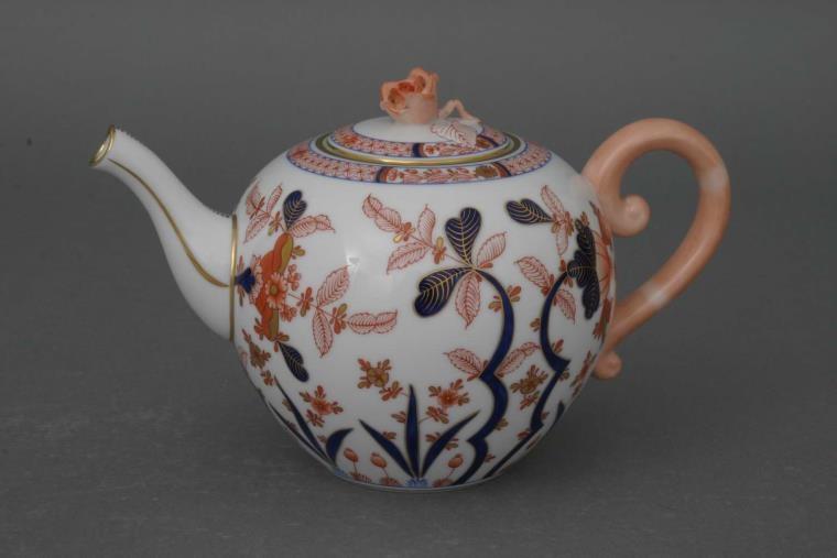 Teapot, rose knob - Canton