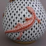 Fishnet Special - Vase, embossed