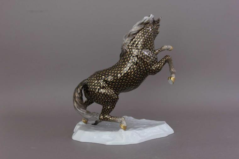 Prancing Horse - Fishnet Multicolor