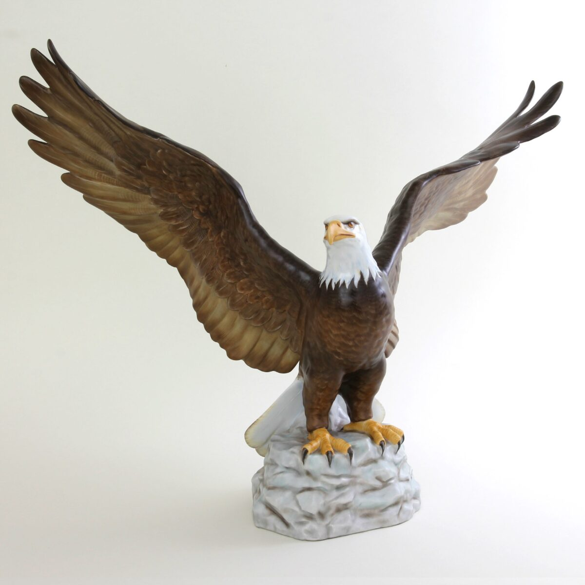 Eagle with Spread Wings - Matt Natural