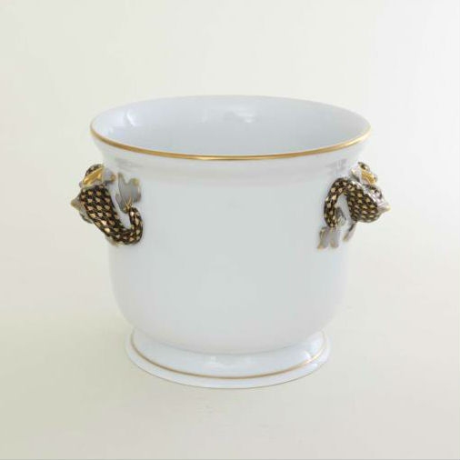 Flowerpot, dolphin handle, medium - Fishnet Black & Gold