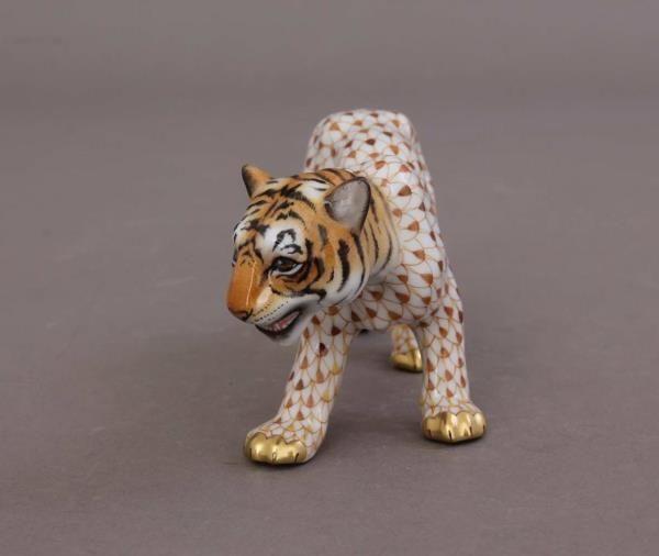Herend Tiger Figurine - Fishnet / Natural