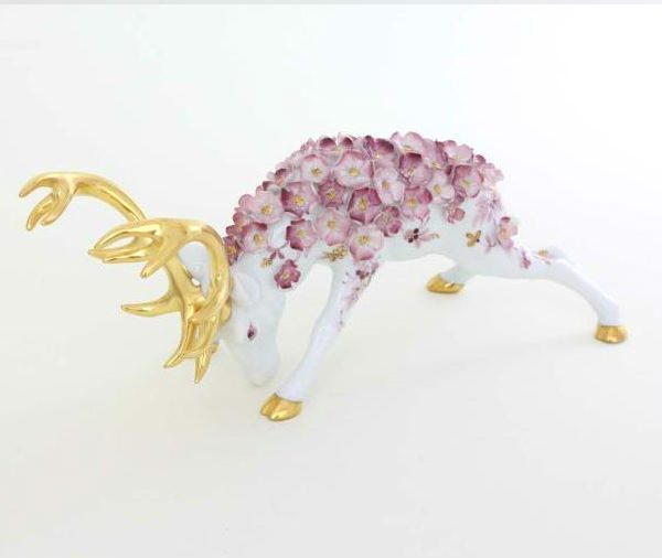 Deer with flower decoration - Limited Edition to. 150 pcs.