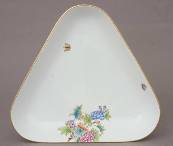 Triangle Dish - Petite Victoria