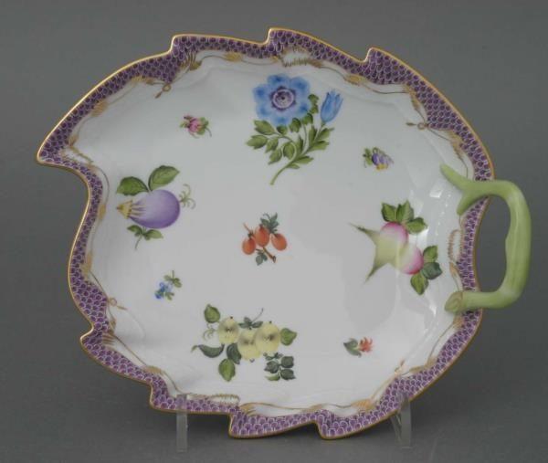 Leaf dish - Queen Victoria