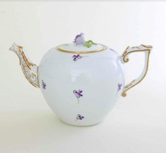 Herend Teapot, rose knob - VIOLETs Sissi Edition