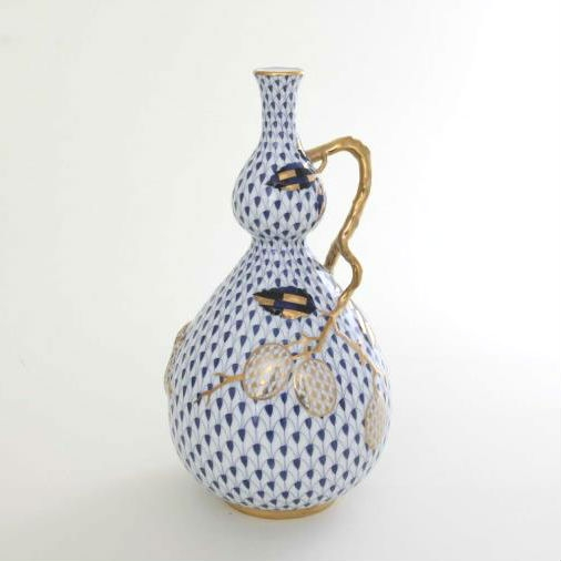 Fishnet White Plum - Vase, embossed