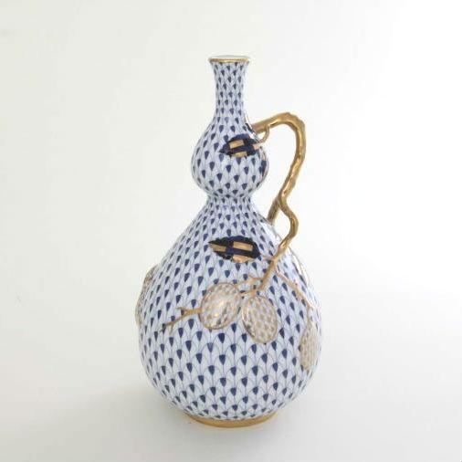 Fishnet White Plum - Vase, embossed