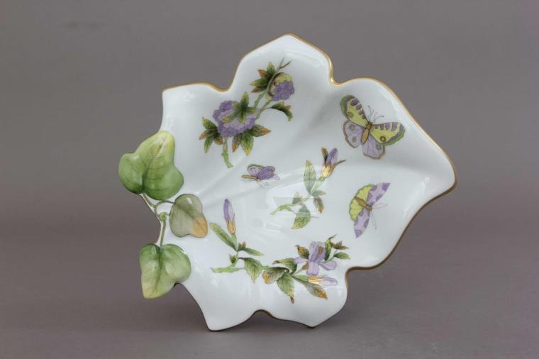 Fancy dish, leaf-shaped - Royal Garden