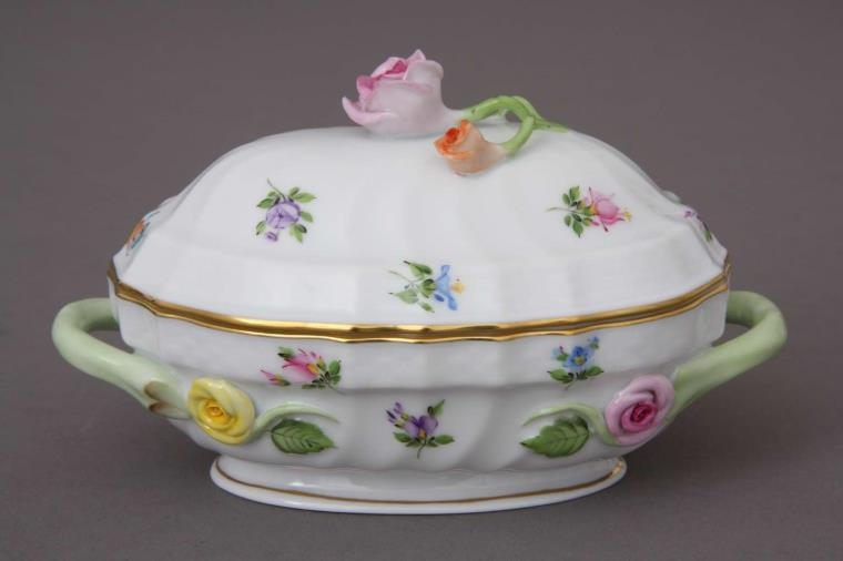 Rose Knob Bonbonnaire from Herend's 2018 Giftware Collection
