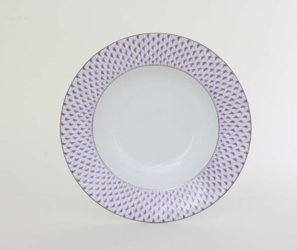 02505-0-00 VHL-PTHerend's siganture fishnet decor is now available in dinner set pieces. Decorates with hand painted platinum edge. Diameter: 22.5 cm - 8.85 inches