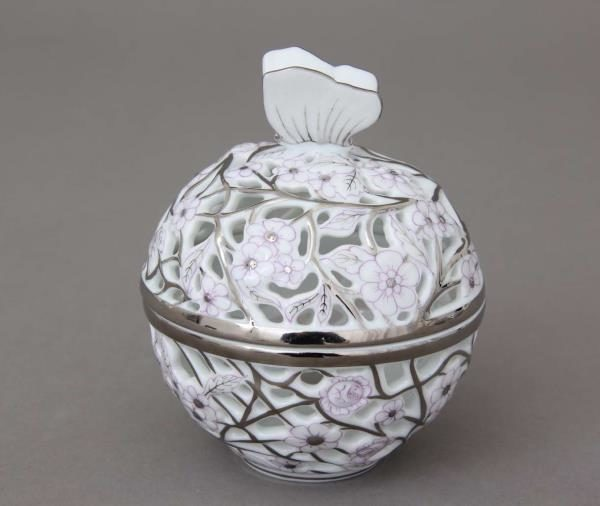 06214-0-17 CPTL Bonbonniere, open-work, Butterfly knob - Platinum Purple Hand cut and hand painted in Herend Porcelain Manufactory. Comes with gift packaging and certificate.