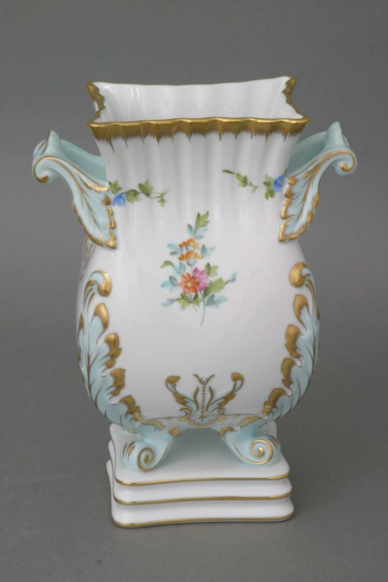 Large Vase on a Square Base - FANNIE-X1 New Decor on a classic vase. Decorated with 24k gold hand painted pattern