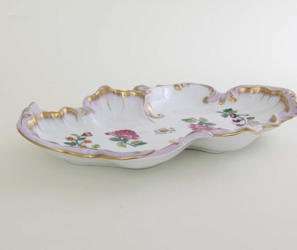 07517-0-00 WBO Rococco Dish Victoria Purple
