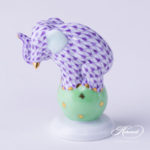 Herend-Elephant-lilac-on-green-ball-5