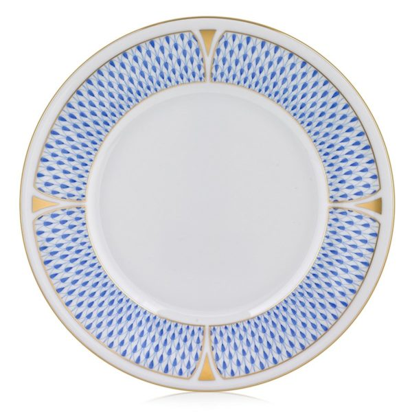 Herend's new decor decorated with classic Herend Fishnet's Art Decor version designed in 2019. The legend is reborn! Available in Dinner sets, tea sets and coffee sets.