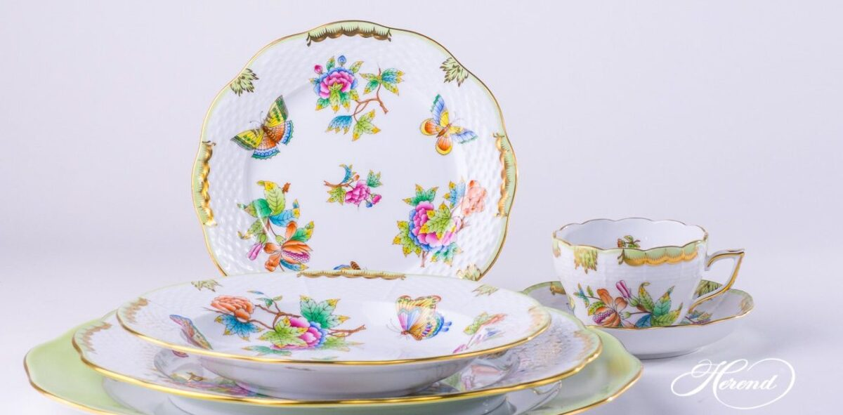 vbo-place-setting-Herend porcelainPlace Setting 6 Pieces- Herend Queen Victoria VBO design.