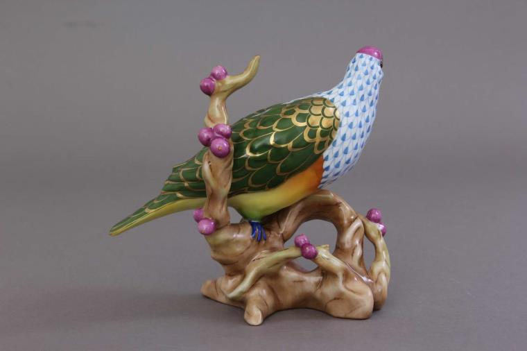 16034-0-00 VHSP115 16034-0-00 VHSP115 Herend Figurine Fruit Dove Reserve Collection