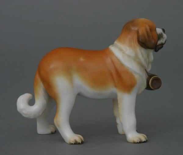 15871-0-00 MCDSt. Bernard dog - Matt Natural Animal Dog Figurine - Matt Natural decor - comes with gift box + certificate of origin