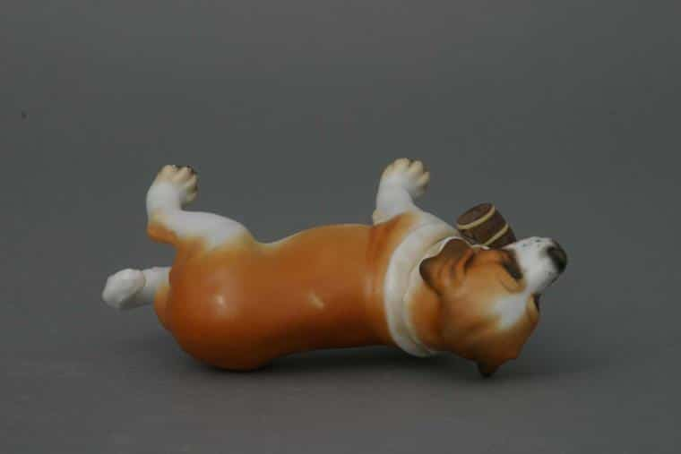 15871-0-00 MCD 15871-0-00 MCDSt. Bernard dog - Matt Natural Animal Dog Figurine - Matt Natural decor - comes with gift box + certificate of origin
