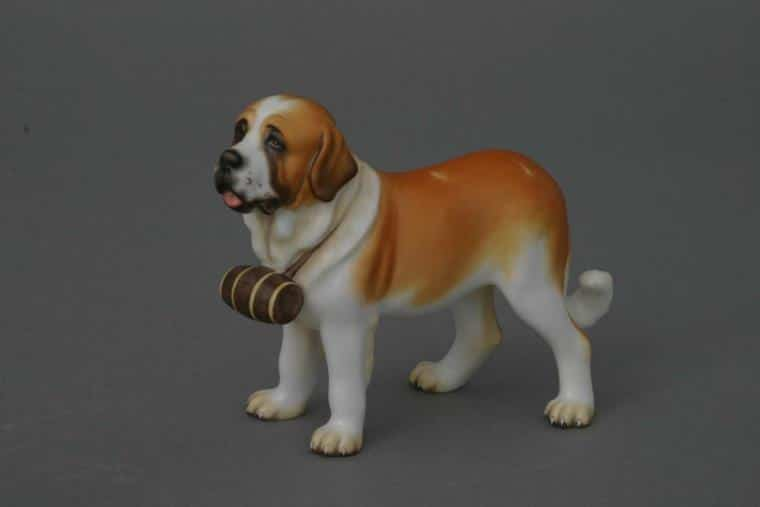 15871-0-00 MCD 15871-0-00 MCD 15871-0-00 MCDSt. Bernard dog - Matt Natural Animal Dog Figurine - Matt Natural decor - comes with gift box + certificate of origin