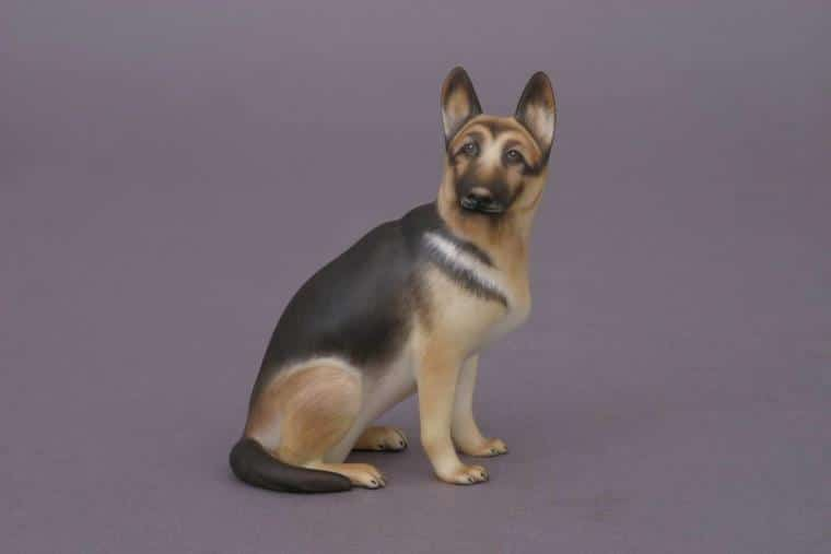 15877-0-00 MCD Herend German Sheppard Dog Figurine