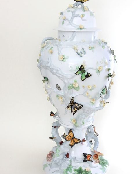 Herend Queen's Butterflies Masterpiece Vase Signed and Numbered comes with Giftbox and Free Shipping Service