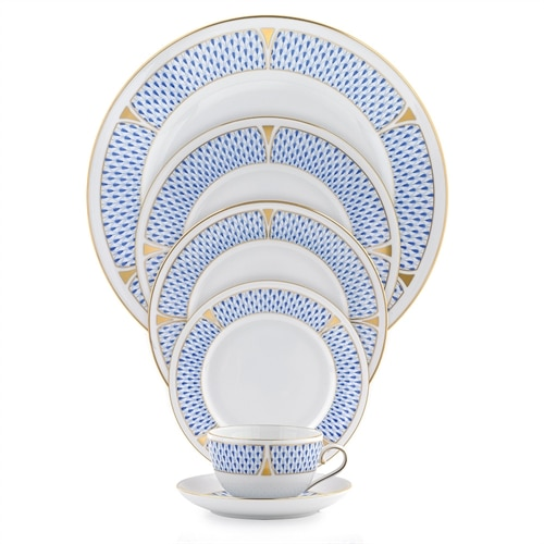 herend-fishnet-blue place settings