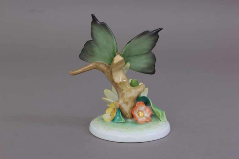 09306-0-00 CD3 Herend 2019 Butterfly Figurine on Flower1
