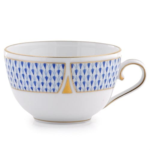 Teacup and Saucer - Art Deco Fishnet Blue Herend's new decor decorated with classic Herend Fishnet's Art Decor version designed in 2019. The legend is reborn! Available in Dinner sets, tea sets and coffee sets.