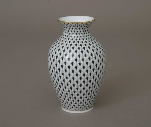 07003-0-00 Flower Vase - Fishnet Black