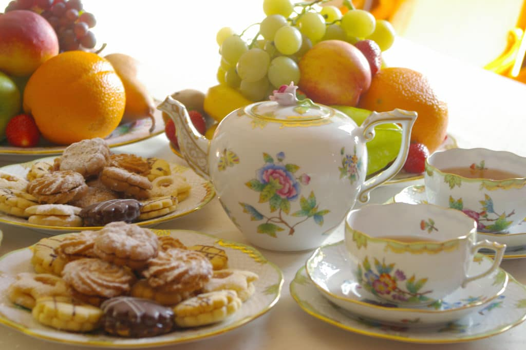 Herend VBo Queen Victoria Tea SEt
