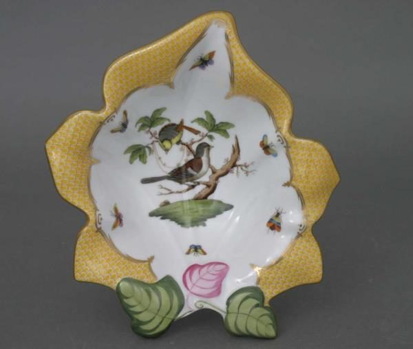 Fancy dish, leaf-shaped - Rothschild Birds Yellow Fishnet 07527-0-00 RO-EJ