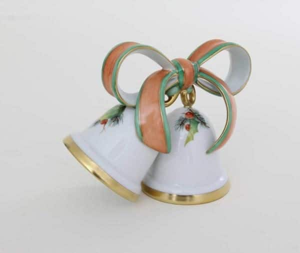 Wedding Bells - Christmas NOEL Make your special day unforgettable with this hand-painted wedding bell figurine and ribbons. This Wedding Bell is hand-painted with Herend's signature Christmas decor NOEL with Green and Red theme colors and 24gk gold