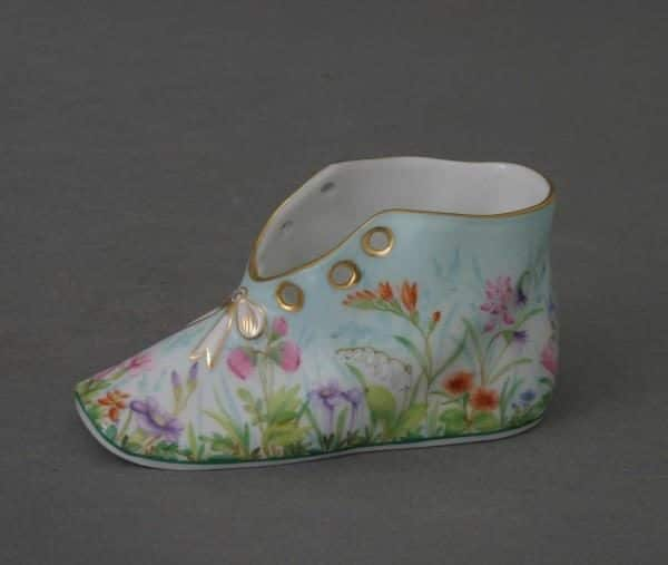07570-0-00 QS Herend Baby Shoe Four Seasons