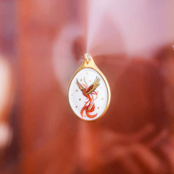 Herend-Jewellery-Porcelain_phoenix-Medallion