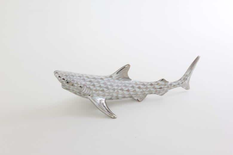 Herend-Shark-Figurine-Fishnet-Platinum-15517000PTVH